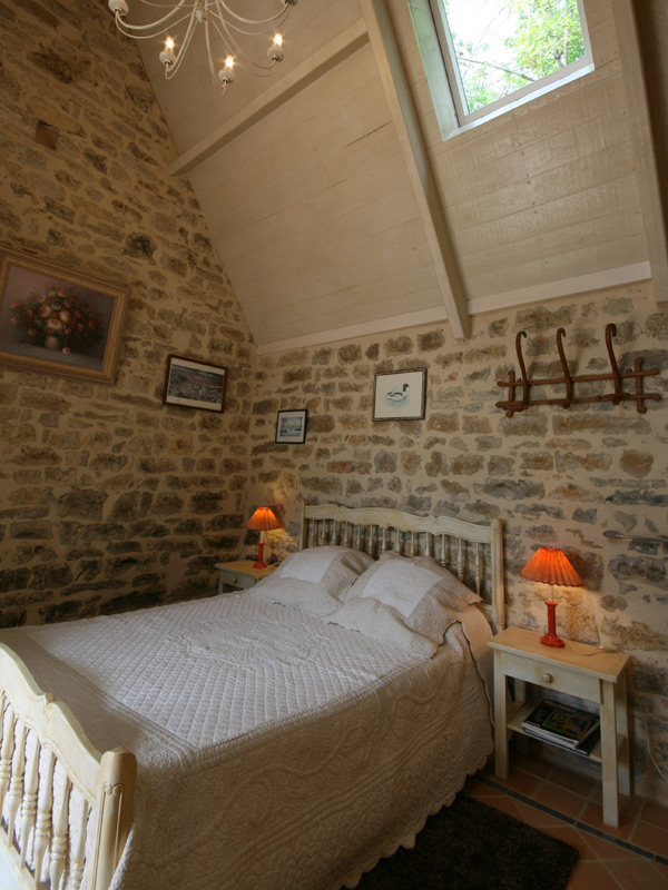 chambre d 39 h tes clarisse cavagnac lot 46 le moulin du soustre. Black Bedroom Furniture Sets. Home Design Ideas
